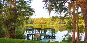 Dos Rios a Riverside vacation rental home on the Rainbow and the Withlacoochee rivers in Dunnellon, Fl, visit www.7florida.com